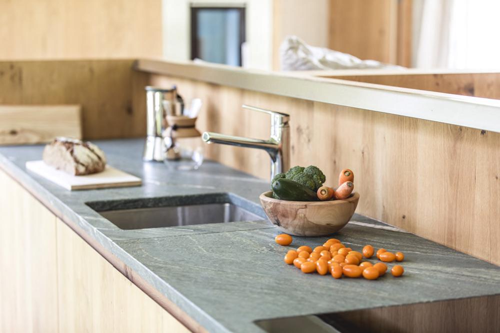 Küchenblock mit Gemüse